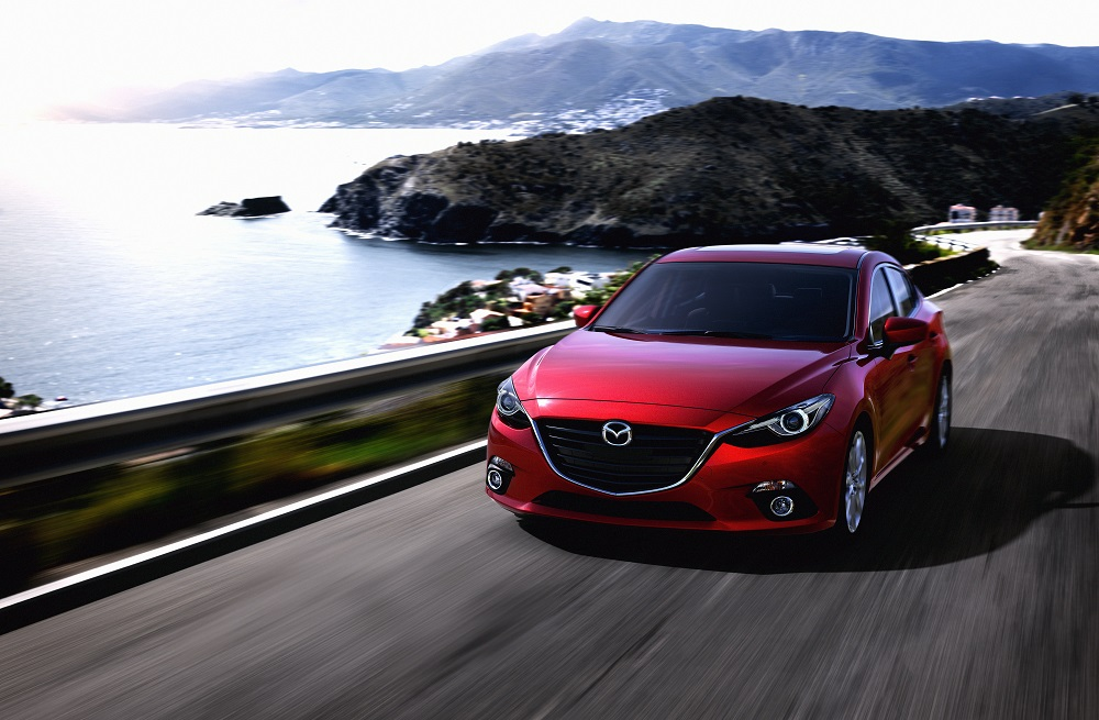 Mazda3_CUT005_MNAO_HIGH_SDN_PE_SOUL_RED