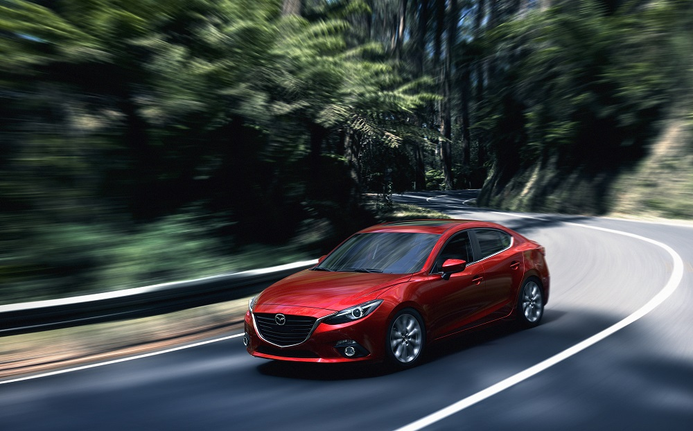 Mazda3_CUT007_MNAO_HIGH_SDN_PE_SOUL_RED_revision02
