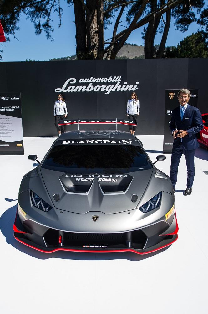 Stephan Winkelmann presents the Lamborghini_Huracan LP 620-2