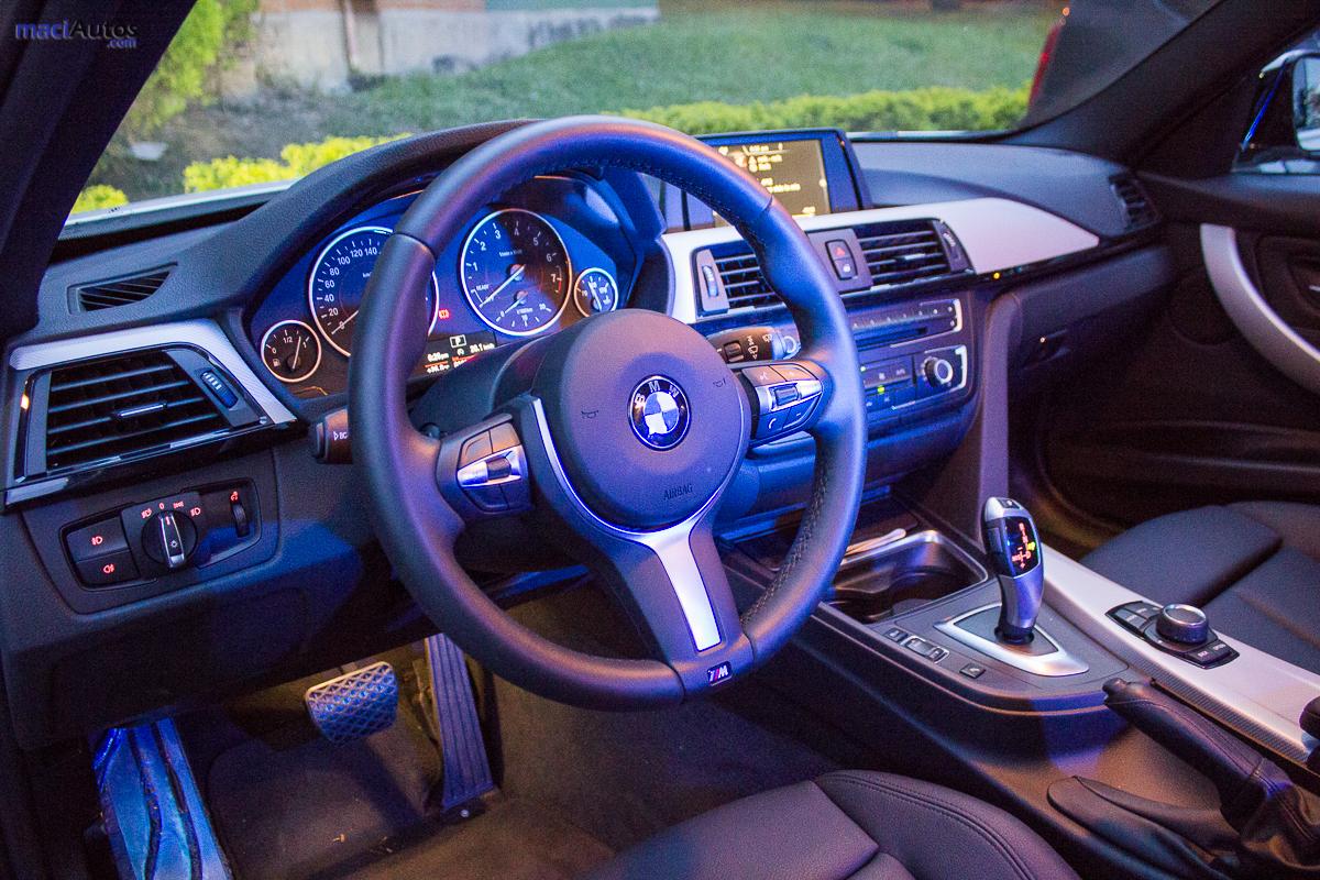 BMW 320i_-28