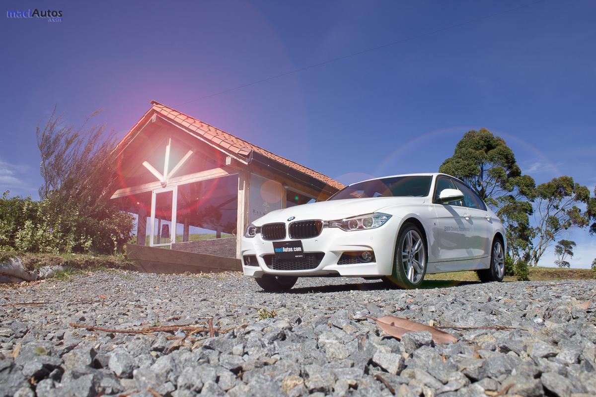 BMW 320i_-34