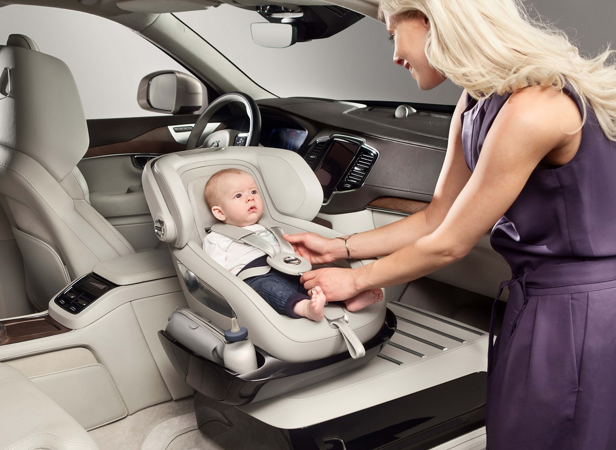 The Excellence Child Safety Seat Concept