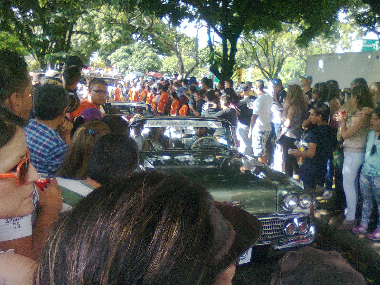 DesfileIsaac (1)