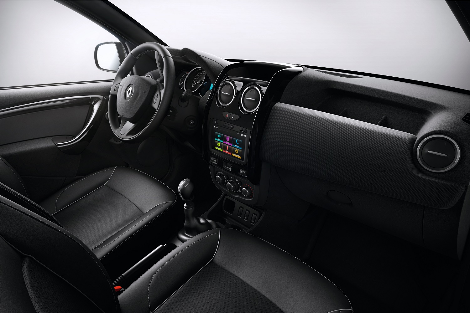 E2 VERSION - DASHBOARD - FABRIC UPHOLSTERY - 6 MANUAL GEARBOX - MEDIA NAV EVOLUTION