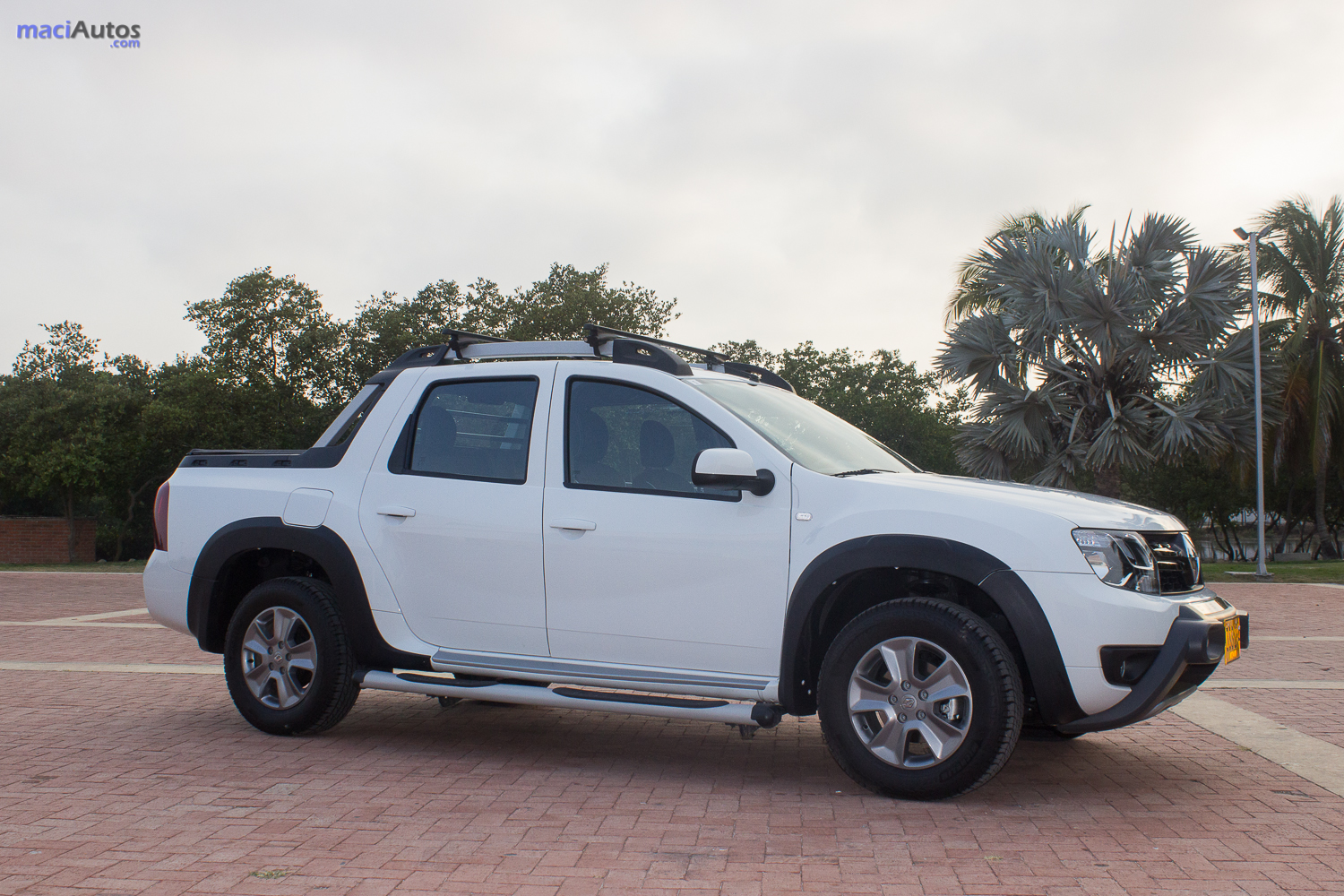 Renault Duster-51
